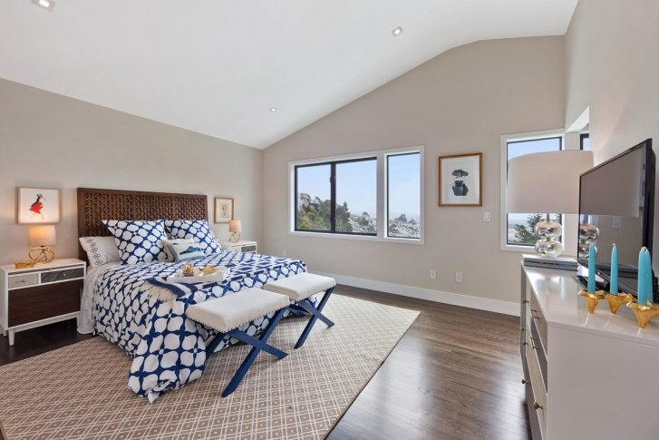 Bedroom with view of San Francisco